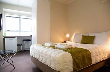 Hotels near ASB Showgrounds, Auckland